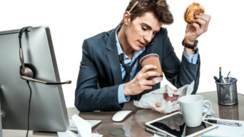4 unintentional work habits that could be killing your career
